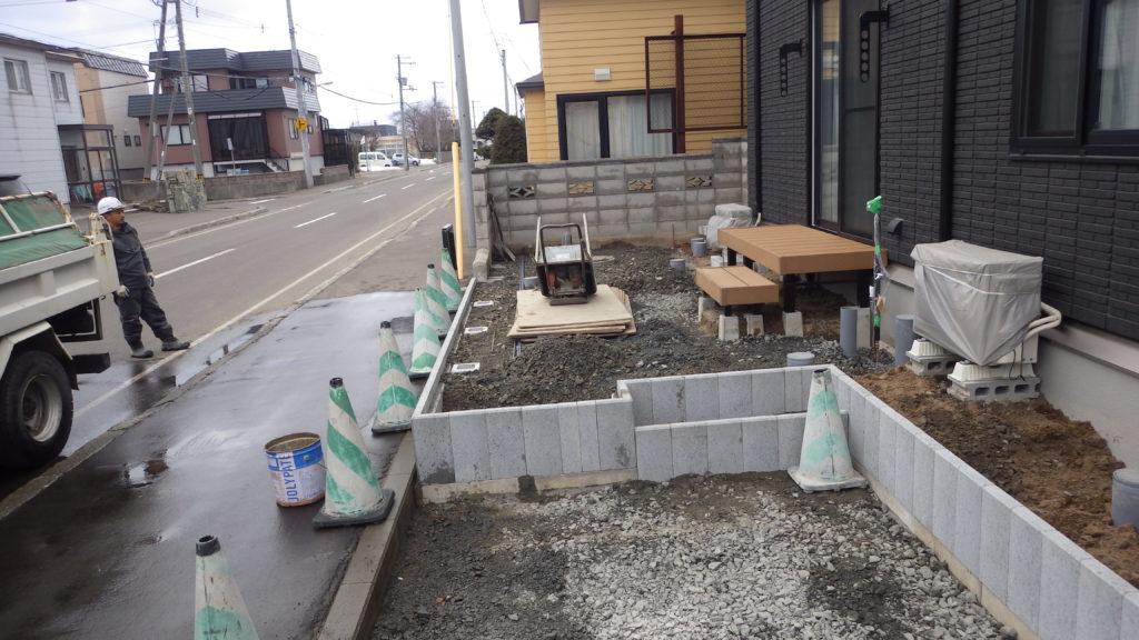 札幌 外構 束石